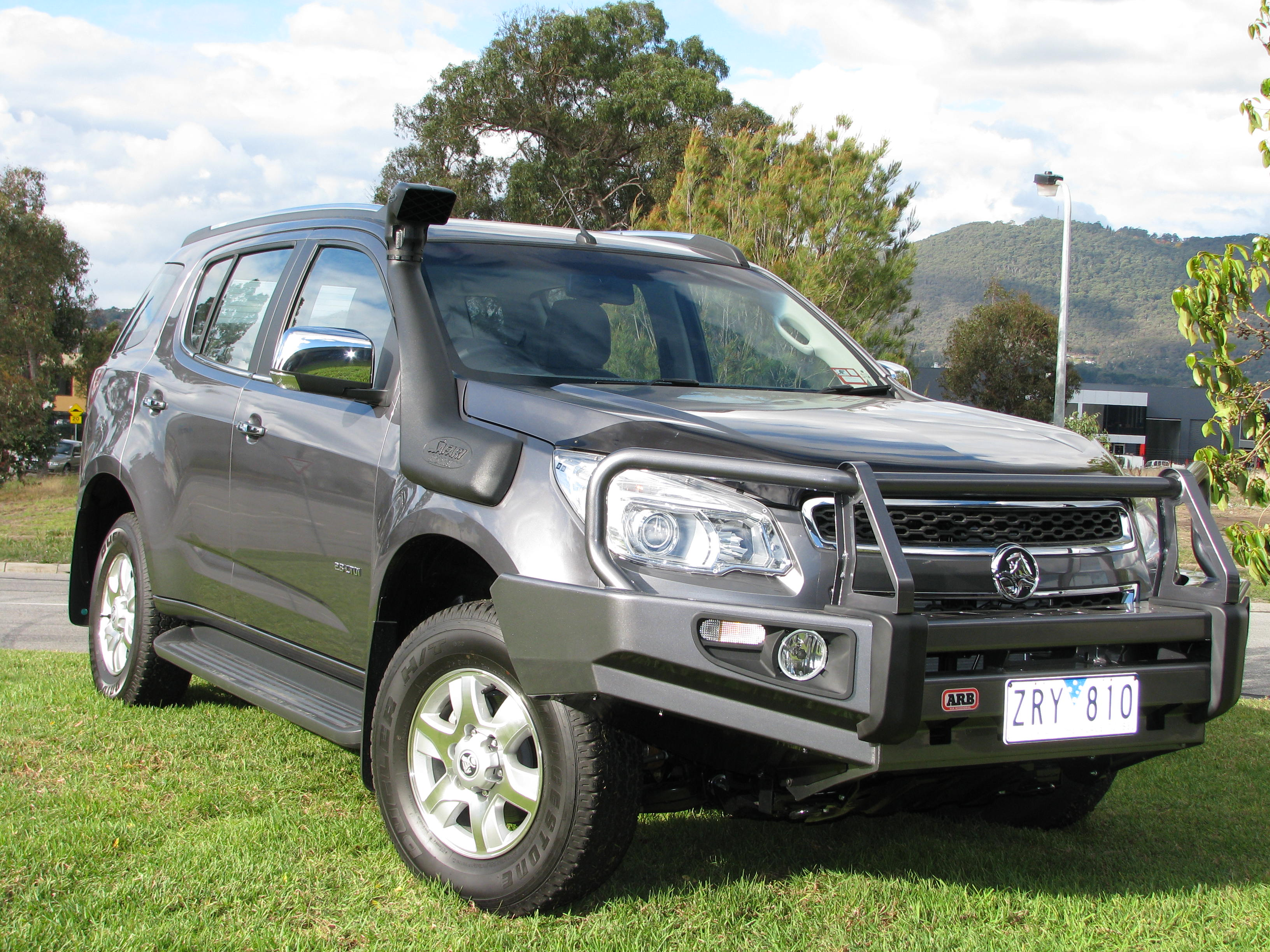 Lifted Chevy Colorado >> Safari Snorkel System for the Holden Colorado